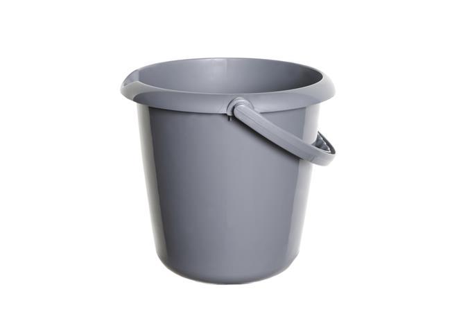 Műanyag vödör, 5 liter, WHITEFURZE, ezüst
