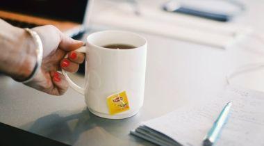 Egy bögre tea és egy beszélgetés